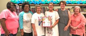 New Albany MS Garden Club donates book to library