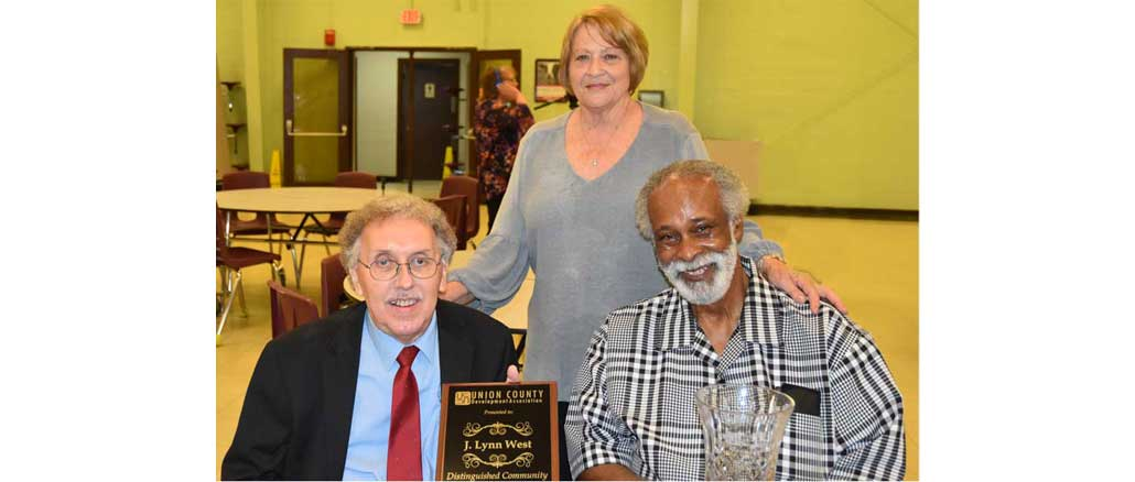 New Albany, MS Lynn West , Sam Mosely, receive awards