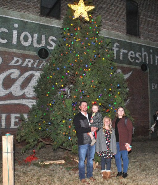 New Albany MS Christmas on Bankhead St.