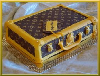 Torta Valigetta Louis Vuitton