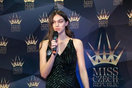 predstaveni_top10_miss_czech_2020_12