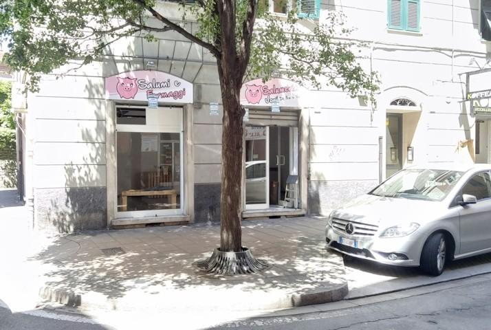 Locale commerciale Via Jori – euro 650
