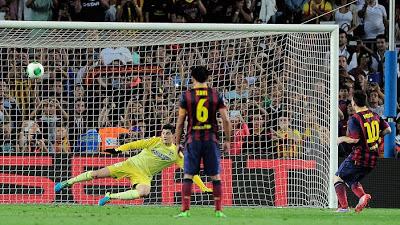 Messi falla el penal supercopa