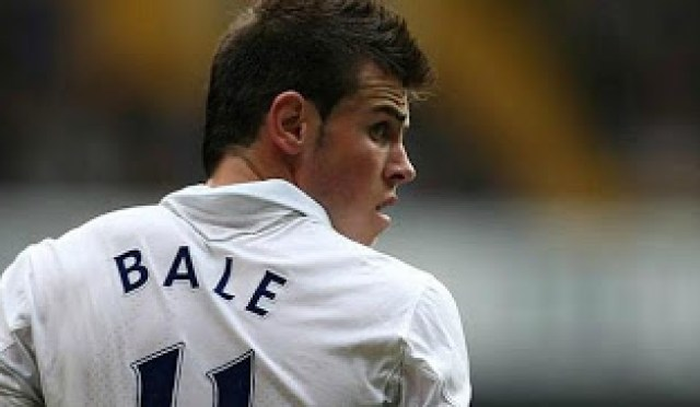 Bale en su presentación en el Santiago Bernabeu
