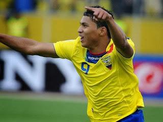 Ecuador vs. Uruguay 2013
