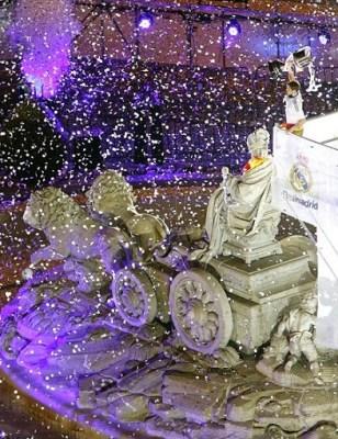 El Real Madid festeja en Cibeles la conquista de la Copa del Rey 2014