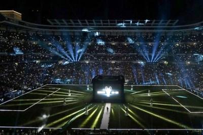 El Real Madrid festeja la Champions en el Bernabeu