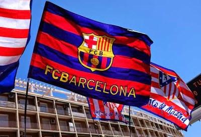 Las mejores imágenes del Barcelona Campeón de Liga Española 2015 banderas barcelona atletico