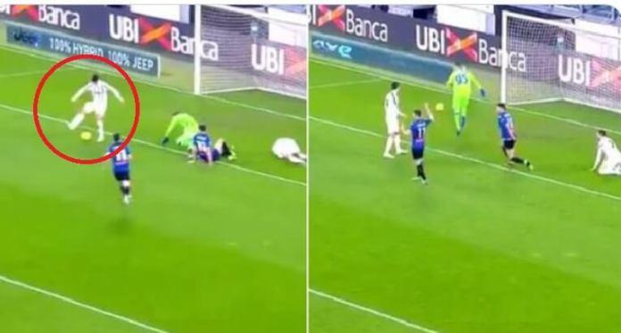 Morata falla un gol cantado al intentar un taconazo