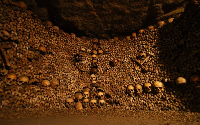 catacombes   paris yer alti mezarlari - Places To Visit In Paris