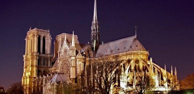 notre-dame-katedrali.jpg