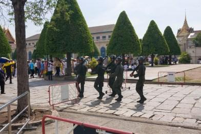 Wat Phra Kaew Soldiers