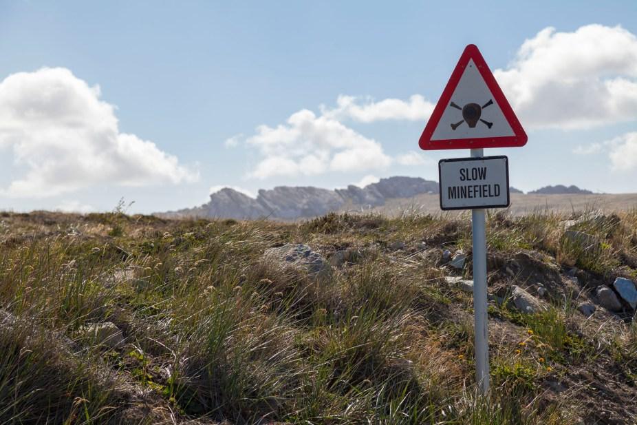 Falklands Minefield Sign