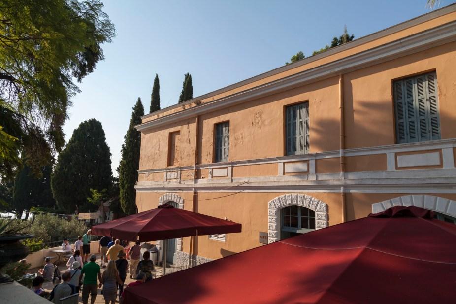 Achilleion Palace, Café