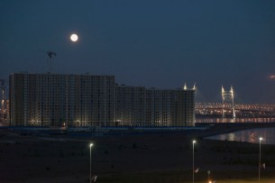 Saint Petersburg Port, Night