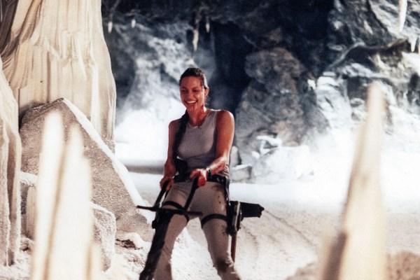 Angelina Jolie, Tomb Raider Movie Set