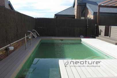 tarima piscina madera composite exterior