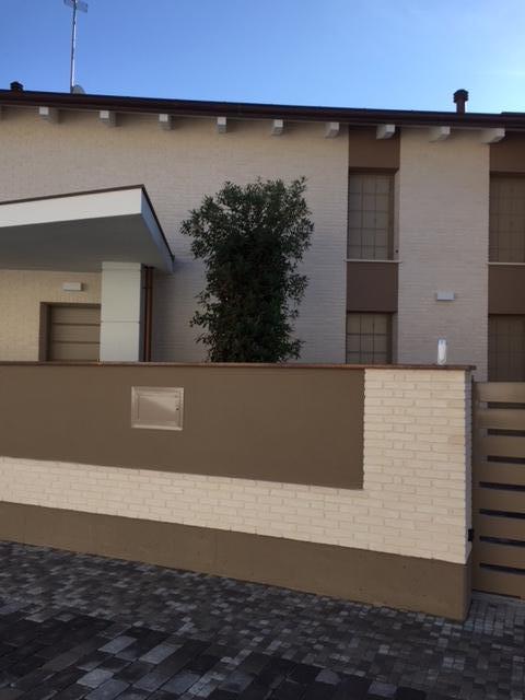 Case in vendita e in affitto a Parma e provincia  Rita