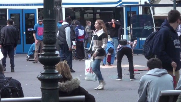 iPhone 5 super glued to ground in Amsterdam