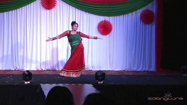 NAV TEEJ 2014 : Dance Teej ko Lahar – Roma Neupane