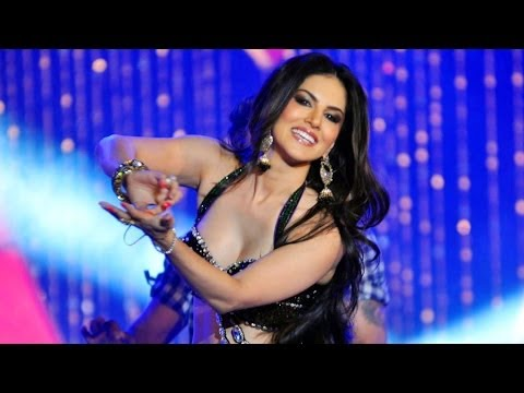 Sunny Leone Dance Performance in Nepal