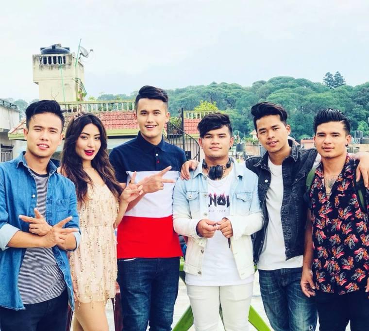 Cartoonz Crew Team