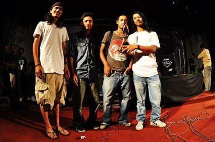 Aimbase Nepali Band
