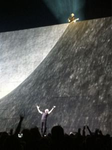 Roger Waters and David Gilmour O2 London 12 May 2011