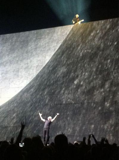 David Gilmour and Roger Waters The Wall at London O2 12th May 2011