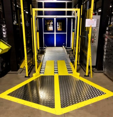 Wider Infeed Ramp for easy pallet access