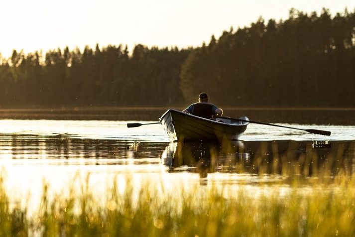 Rowing can be a great way to do interval training.