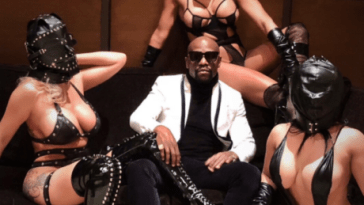 The controversial photos of Mayweather with three women