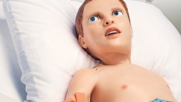 This Crazy robot child bleeds and expresses pain to teach medical students