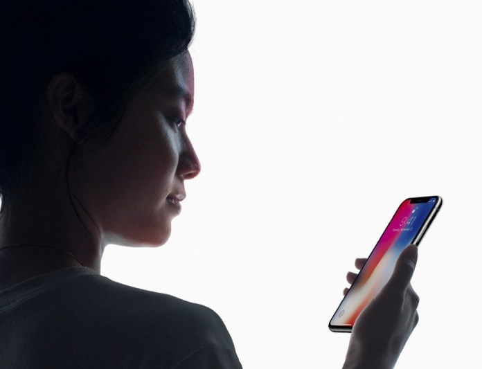 faceID dell'iphone X è stato battuto