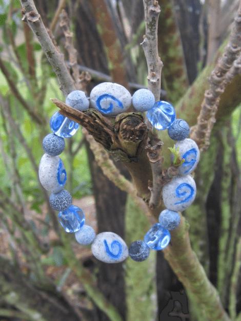 WoW Inspired bracelet [Etsy]