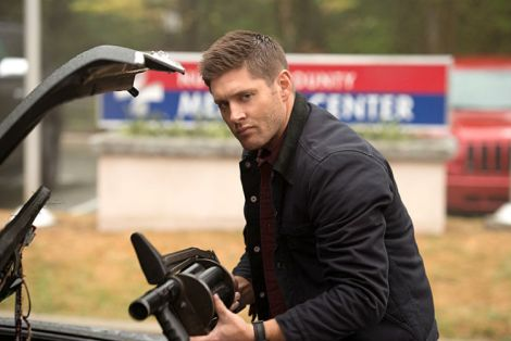 Dean is more than ready to fight the Darkness [Source: Diyah Pera/The CW]