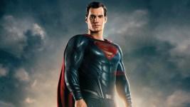 """Henry Cavill non abbandona Superman: """"Il mantello è ancora mio"""""""