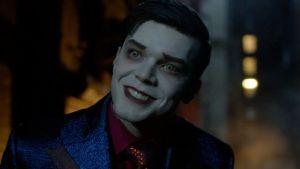 Gotham: nuove foto dell'evoluzione finale del Joker