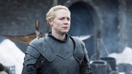 Game of Thrones 8: Gwendoline Christie condivide una stupenda foto scattata sul set