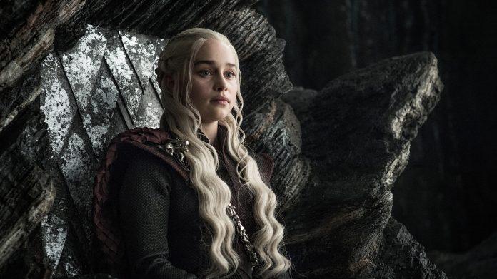 Game of Thrones: Daenerys a Grande Inverno nelle nuove foto ufficiali