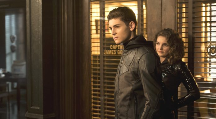 Gotham: una Fan Art ci mostra David Mazouz nei panni di Batman