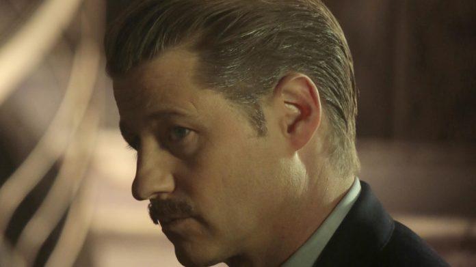Gotham: Jim Gordon baffi riassunto puntata 5x12