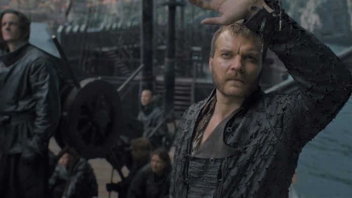 Euron osserva il sole - Game of Thrones trailer episodio 8x05 (Trono di Spade) - (Credits: HBO)
