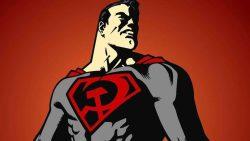 Primo sguardo al Batman del film animato Superman: Red Son