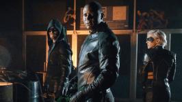 Arrow 8: anche nell'ultima stagione ci sarà una nuova intro di Oliver Queen