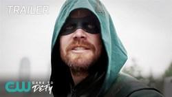 Crisi sulle Terre Infinite: gli eroi in azione nel nuovo spettacolare trailer!