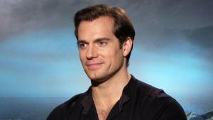 The Witcher: Henry Cavill compara le scene di combattimento con quelle di Superman