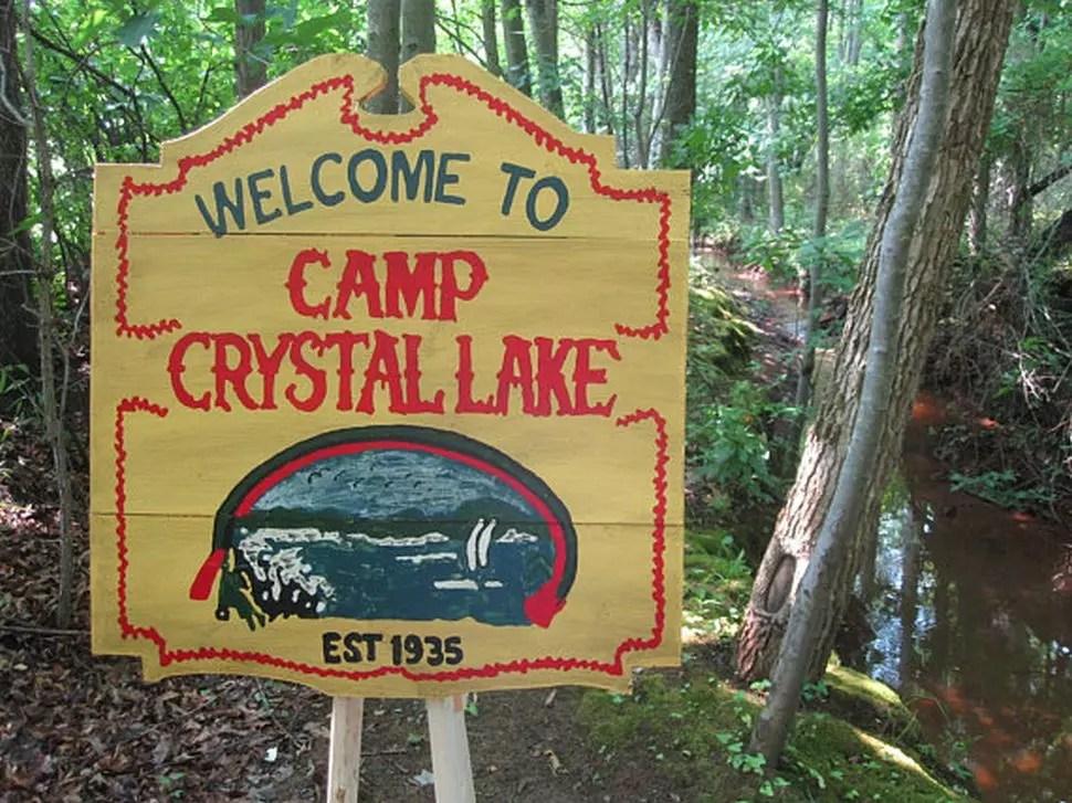 Venerdì 13 - I fan potranno guardare Jason Vive al Camp Crystal Lake quest'estate Cinema Cinema & TV News