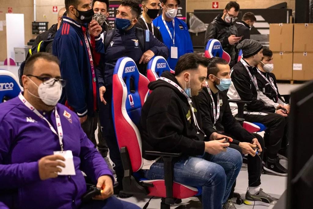 eFootball PES 2021: Per 17 giocatori inizia l'avventura della eSerie A TIM Comunicati Stampa OTHERS PC PS4 PS5 STADIA SWITCH Videogames XBOX ONE XBOX SERIES S XBOX SERIES X