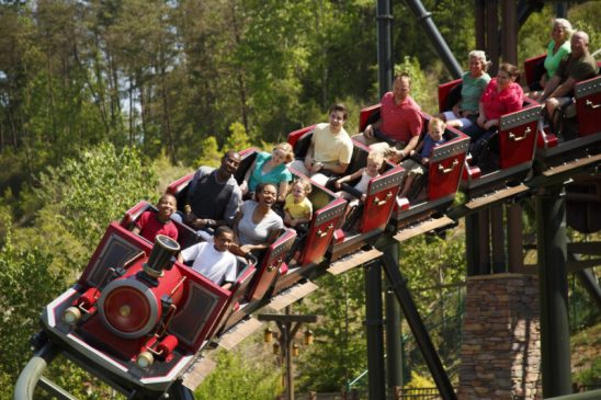Dollywood' Earns Three Golden Ticket Awards – Nerds and Beyond